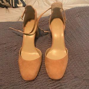 Ann Taylor heels 8.5